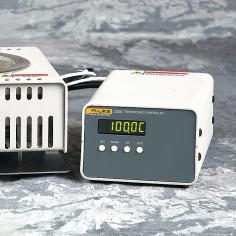 Fluke 3125 - kalibrátor pre povrchové sondy