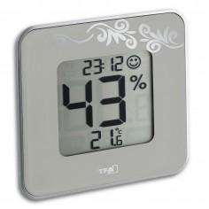 TFA 30.5021.02 Style - digitálny teplomer s vlhkomerom a hodinkami (biely)