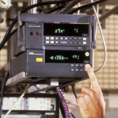 Additel 936 - vysokotlaková hydraulická pumpa